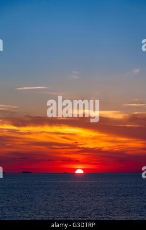 Coucher de soleil sur la mer Banque D'Images