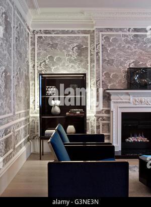 Salle de réception au rez-de-chaussée. Résidence privée London, Londres, Royaume-Uni. Architecte: Rajiv Sani et Banque D'Images