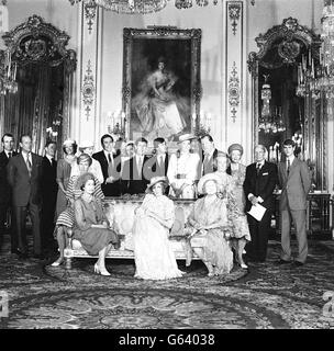 Image - Baptême du Prince William - Buckingham Palace Banque D'Images