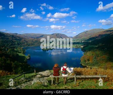 Affichage des randonneurs dans le district du lac de Grasmere, Cumbria, England, UK