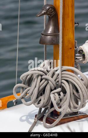 Corde sur un yacht à voile close up , Détail Banque D'Images