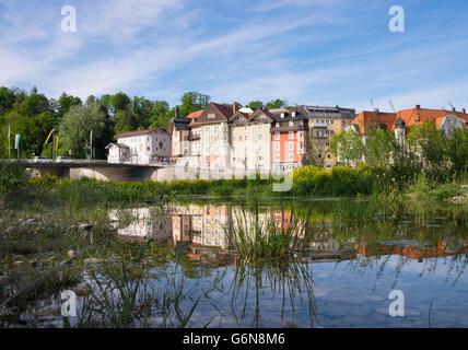 Allemagne, Berlin, Isarwinkel, Aberdeen, ville thermale, à l'étang de la rivière Isar Banque D'Images