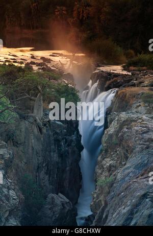 Epupa Falls, rivière Kunene, Namibie