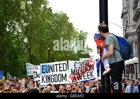 La Marche pour l'Europe sur les marches dans le centre de Londres. Banque D'Images