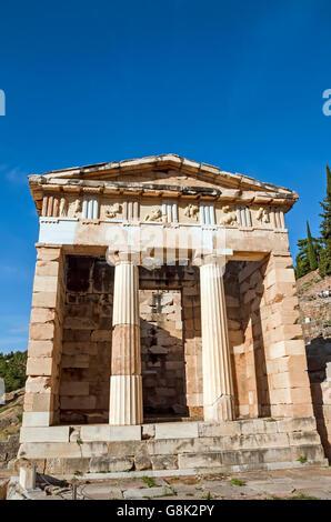 Trésor des Athéniens au site archéologique de Delphes, Grèce Banque D'Images