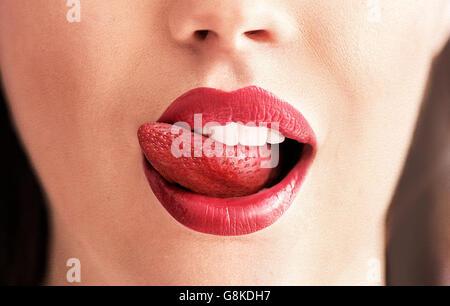 Image conceptuelle d'un rouge pur langue fraise Banque D'Images