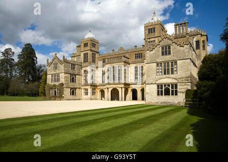 Charlton Park près de Malmesbury, une magnifique maison de campagne convertie en appartements, Wiltshire, Royaume Banque D'Images
