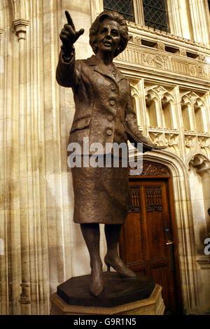 Thatcher a dévoilé la statue Banque D'Images