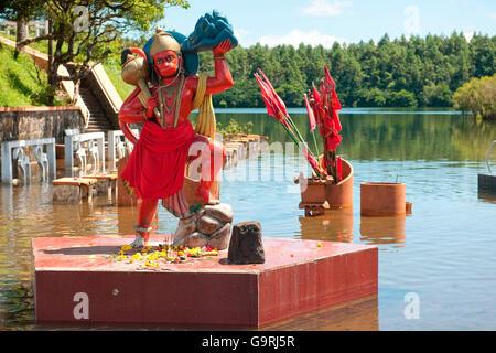 Hanuman, dieu hindou Saint Lac Ganga Talao, Grand Bassin, Ile Maurice, Afrique, Océan Indien / Ganga Talao Banque D'Images