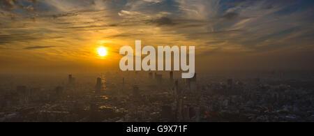 Coucher de soleil de Tokyo vue panoramique aérienne