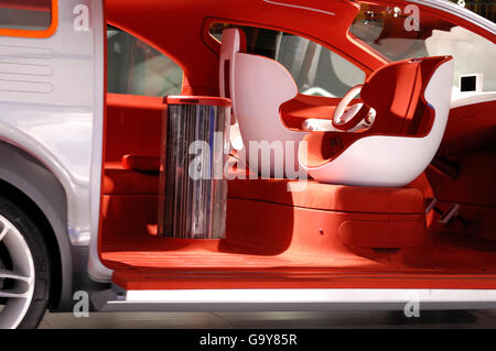 Ford Airstream concept car crossover futuriste, powered by HySeries Drive plug-in hybride hydrogène les piles à Banque D'Images