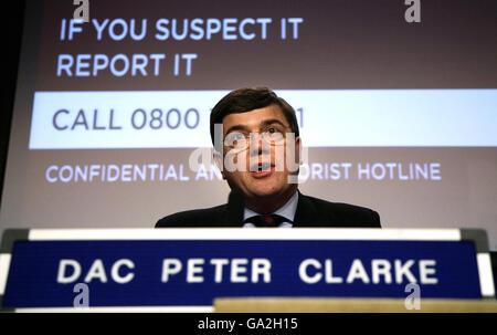 'Explosif' trouvé dans le centre de Londres Banque D'Images