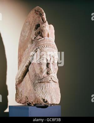 Les beaux-arts, l'ancien monde, les Parthes, chef du roi, calcaire, hauteur: 54 cm, Hatra / Cadra, 200 - 240 après Banque D'Images