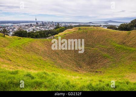 Sur le mont Eden, Auckland, île du Nord, Nouvelle-Zélande, Pacifique Banque D'Images