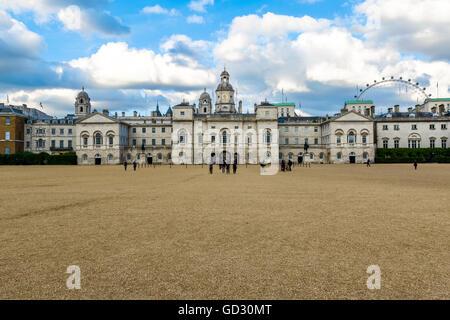 Londres, Royaume-Uni - 21 juin 2017 - Horse Guards Building entre Whitehall et Horse Guards Parade Banque D'Images