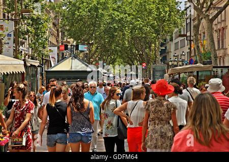 Sur Las Ramblas, la rue la plus célèbre de Barcelone (et l'un des plus célèbres du monde), Catalogne, Espagne