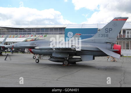 USAF F-16C au Farnborough International Airshow 2016