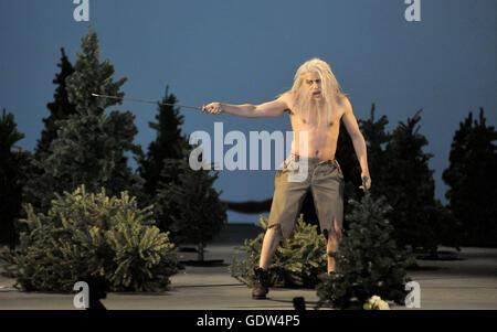 """Orlando Paladino"", mise en scène Nigel Lowery et Amir Hosseinpour"