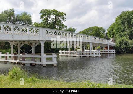 Whitchurch Pont sur la Tamise à Reading dans le Berkshire