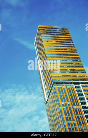 Un immeuble dans le centre d'Istanbul. Banque D'Images