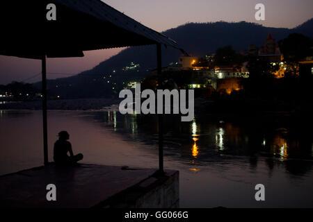 Rishikesh, Uttarakhand, Inde. 17 mai, 2013. Image - Fichier des banques le Gange à Rishikesh, Uttarakhand, Inde. Banque D'Images