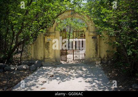 Rishikesh, Uttarakhand, Inde. 17 mai, 2013. L'image de fichier - le portail d'un ashram (ermitage spirituel ou d'un Banque D'Images