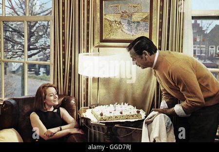 VIVRE POUR VIVRE / Vivre pour vivre FRA 1967 / Annie Girardot und Yves Montand alias. Vivre pour vivre