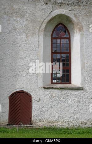 Détail de la fenêtre. Mihkli Église dans le comté de Pärnu. L'Estonie Etats baltes UE Banque D'Images
