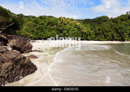 Costa Rica - Playa Plage Plage de Biesanz, parc national Manuel Antonio, la côte du Pacifique, le Costa Rica, Amérique Banque D'Images