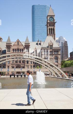 TORONTO - Le 8 août 2016: l'Ancien hôtel de ville de Toronto était à la maison à son conseil municipal de 1899 à 1966 et reste l'une des m