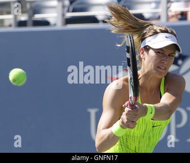 Flushing Meadows, New York, USA. Août 30, 2016. US Open Tennis championships. Eugénie Bouchard: Action Crédit Plus Banque D'Images