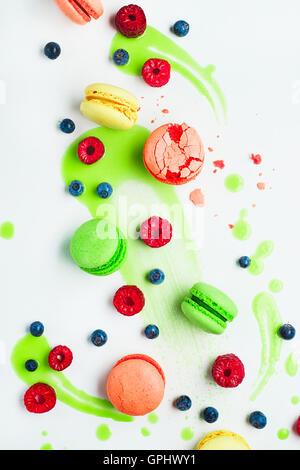 Art de modèles d'alimentation (avec glaçage à la chaux et ses macarons) Banque D'Images