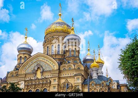 Église de l'Assomption de la Bienheureuse Vierge Marie, St Pétersbourg, Russie Banque D'Images