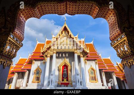 Wat Benchamabophit également connu sous le nom de temple de marbre au coucher du soleil, Bangkok, Thaïlande Banque D'Images