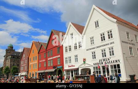 La Ligue hanséatique historique bâtiments en bois Zone de Bryggen, Bergen, Norvège site du patrimoine culturel mondial de l'UNESCO