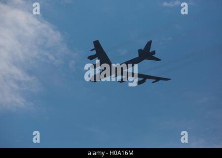 Boeing B-52 Stratofortress, bombardier à long rayon d'action de l'US Air Force, im Flug