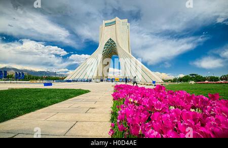 La tour Azadi, Téhéran, Iran Banque D'Images