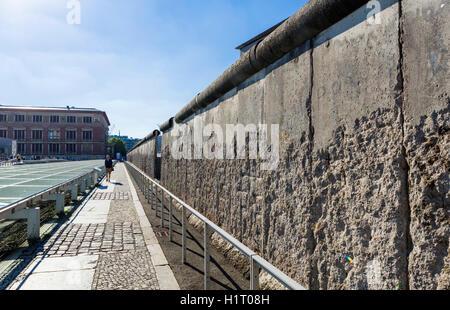 Le mur de Berlin à la topographie des terreurs Niederkirchner Strasse, musée, Mitte, Berlin, Allemagne Banque D'Images