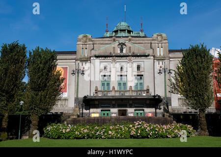La Norvège, Bergen, ville du patrimoine mondial de l'UNECSO. Le théâtre norvégien (alias Det norske Theater) c. Banque D'Images