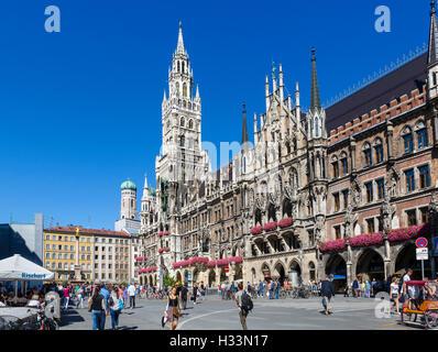 Le Neues Rathaus (Nouvelle Mairie), Marienplatz, Munich, Bavière, Allemagne Banque D'Images