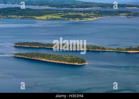USA, Washington, Orcas Island, vue depuis le mont Constitution vers (dans l'ordre), l'Île Barnes Clark et l'île Banque D'Images