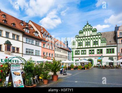 La place du marché (Markt) dans la vieille ville, Weimar, Thuringe, Allemagne Banque D'Images