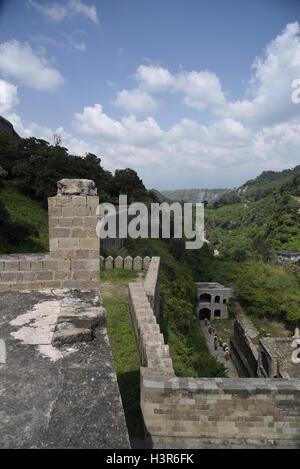 L'architecture historique Fort de Kangra est situé à 20 kilomètres de la ville de Dharamsala, à la périphérie de l'Inde, de Kangra.