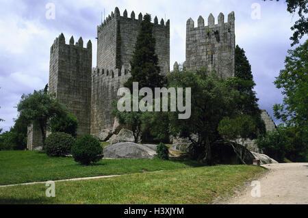 Portugal, région Minho, Guimaraes, Castel Sao Miguel, le nord du Portugal, district Braga, Colina Sagrada, château, Banque D'Images
