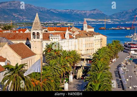 La ville de Trogir, l'UNESCO et de l'architecture au bord de l'avis, la Dalmatie, Croatie Banque D'Images