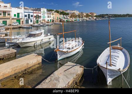 Bateaux de pêche dans le port de Porto Colom, à Majorque, l'île Banque D'Images