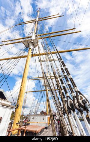 Le Tall Ship Glenlee, à coque en acier d'un trois-mâts barque, construit en 1896 sur la rivière Clyde à Glasgow, Ecosse UK