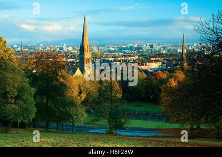 À l'échelle Glasgow à l'aube de la Queen's Park, Glasgow Banque D'Images