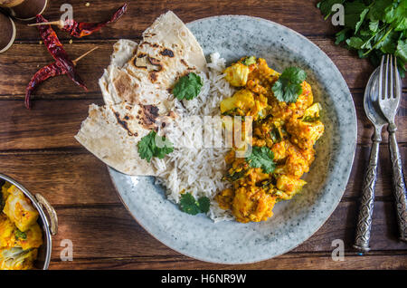 Indian curry de cabillaud avec du riz basmati