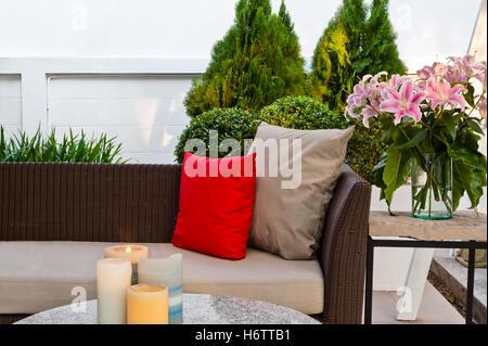 Belle la vie beauteously fauteuil nice existent en vivant vit vivre couleur marron bois meubles style brun Banque D'Images